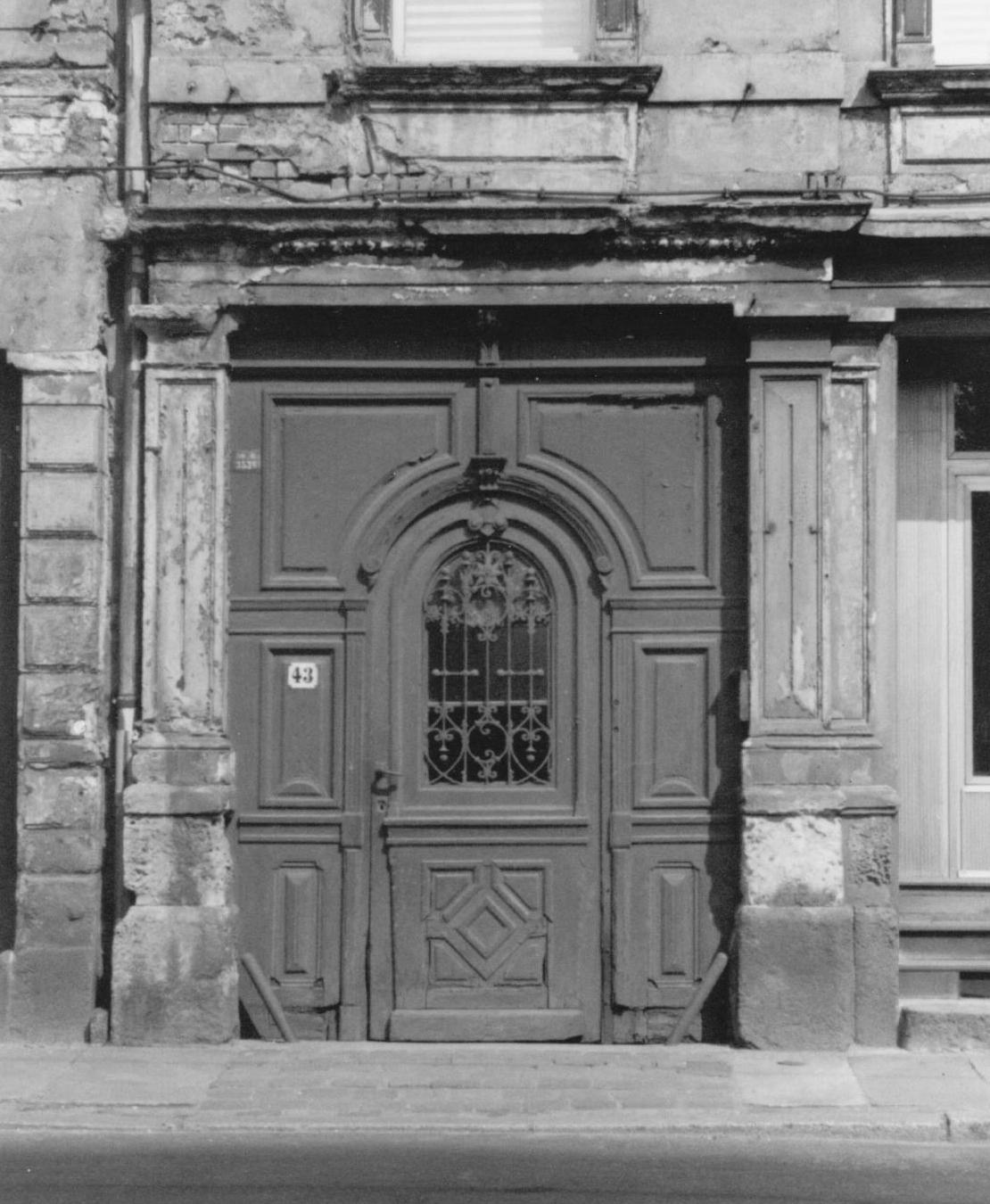 Doorway on Shakespearestrasse