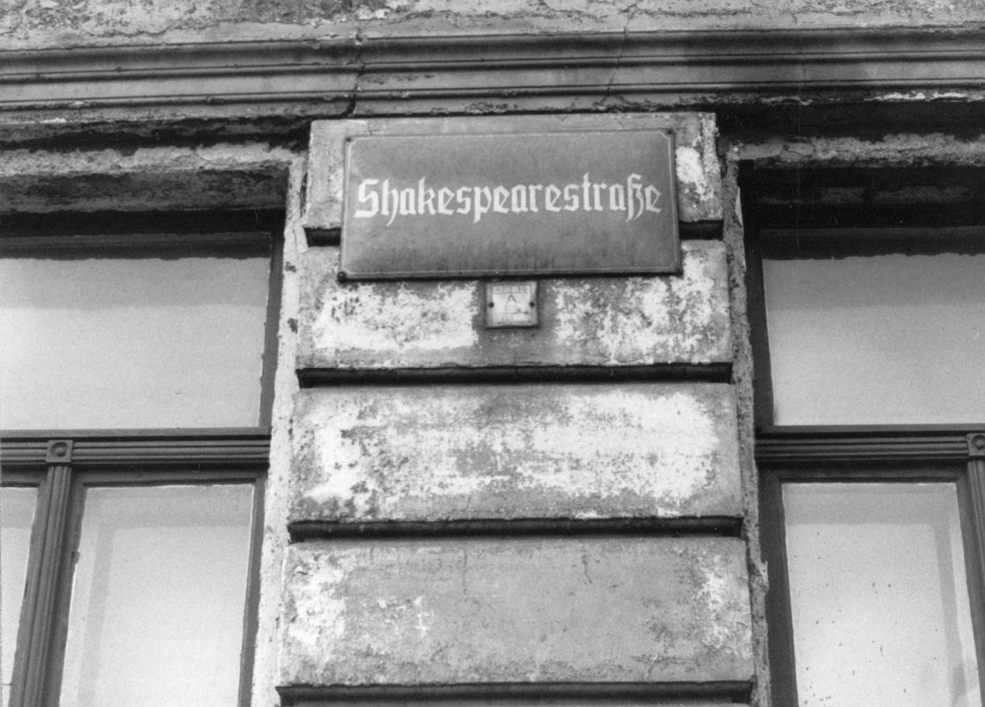 Sign on Shakespearstrasse